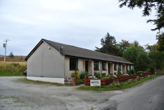 Altnacealgach Motel