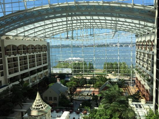 Gaylord National Resort, National Harbor, MD - Booking.com