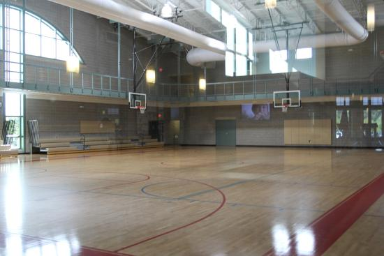 indoor basketball courts & track - Picture of Fowler Park, Cumming ...