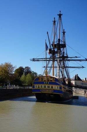 La chaloupe h tel port des barques voir les tarifs 74 - Hotel port des barques charente maritime ...