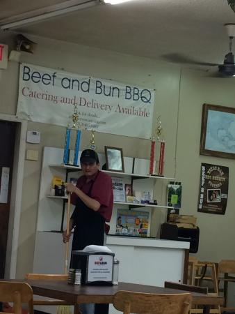 BEEF & BUN BARBECUE, Houston Restaurantbeoordelingen
