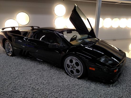 lamborghini countach picture of miami auto museum north. Black Bedroom Furniture Sets. Home Design Ideas