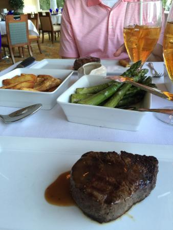 Courtside Steakhouse : photo1.jpg