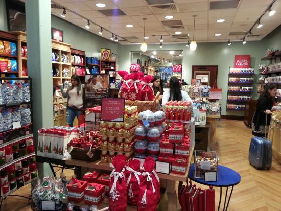 D B Dolphin Mall lojas de chocolate Lin...