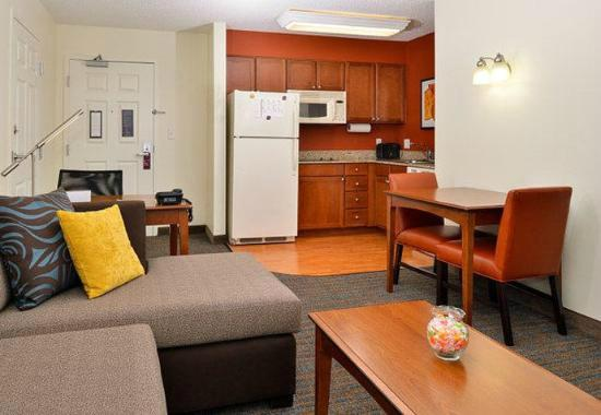 Residence Inn Loveland Fort Collins: Studuio Suite