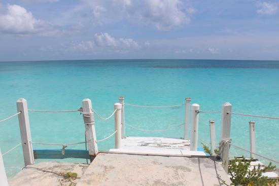 Exuma Palms Hotel: Hotel beach