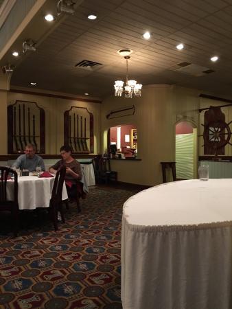 Gun room restaurant