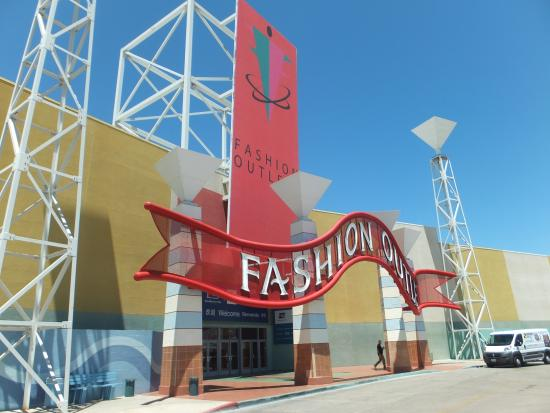 Best fashion business books 14