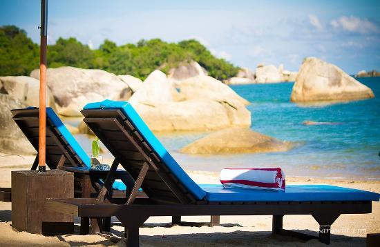 Royal Beach Boutique Resort & Spa: Relax by the Beach at Royal Beach Samui