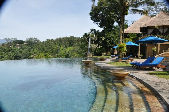 Puri Wulandari Boutique Resort: Vista da piscina central