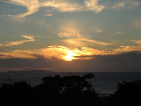 Kokuminshukusha Hadomisaki: 国民宿舎波戸岬からの夕日