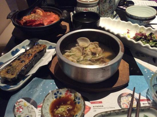 Maruju Sushi Japanese Shokudo Photo