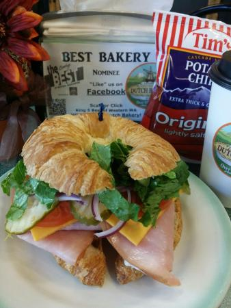 Lynden Dutch Bakery: Delicious lunch specials daily!