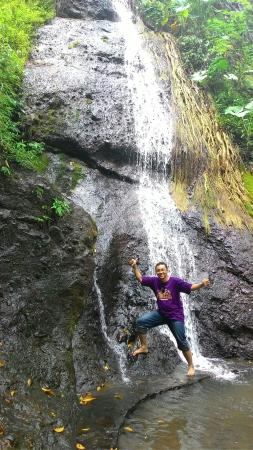 Roro Kuning Waterfall