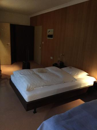 Airfield Hotel: photo0.jpg