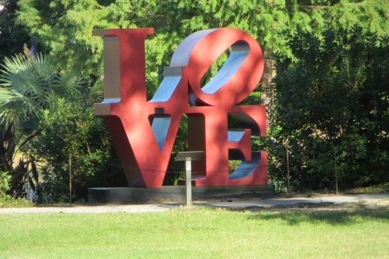Besthoff sculpture garden new orleans picture of the - Sydney and walda besthoff sculpture garden ...