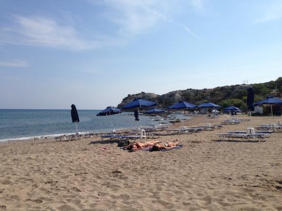 Sentido Port Royal Villas & Spa: Hotellets strand