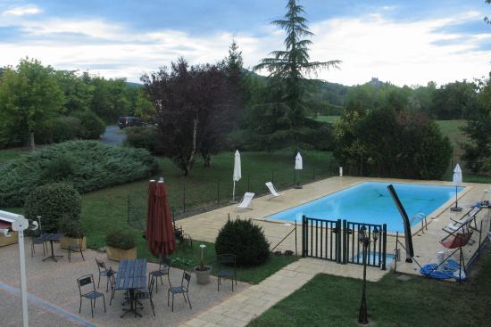 Auberge de Cartassac : La piscine