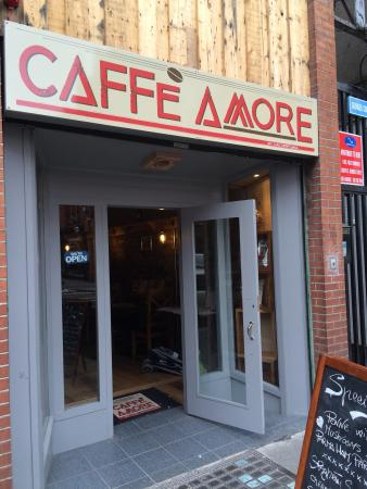 Caffe Amore: Hyggeligt lille sted