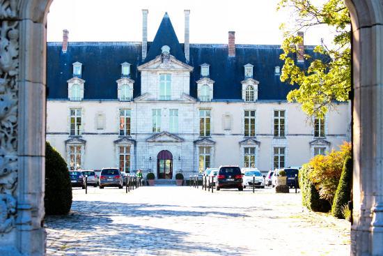 Augerville-la-Riviere, Frankrijk: Arrivée au Château - Cour d'Honneur