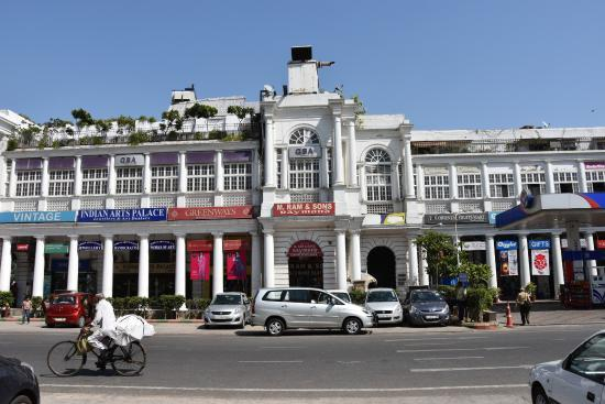‪Connaught Place‬