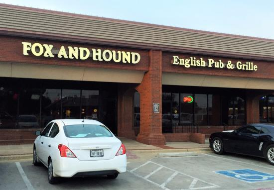 Fox and Hound English Pub & Grille