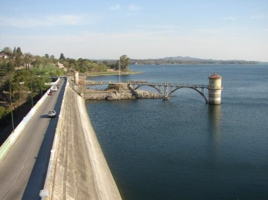 Almafuerte, Argentinien: Embalse de Rio Tercero