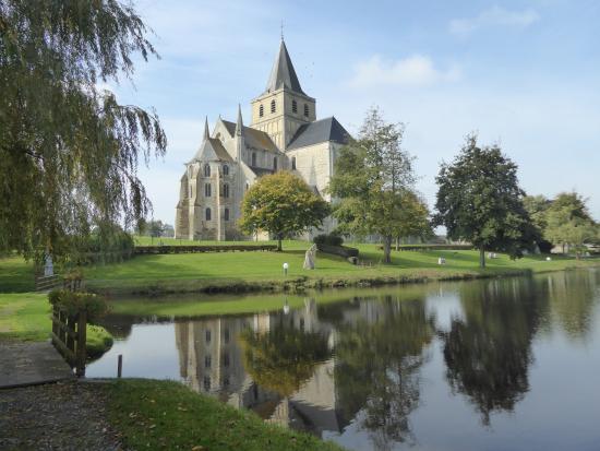 Abbey de Cerisy