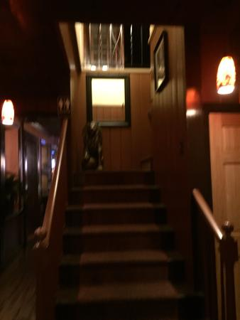 Somers, CT: Dining area, bar, rest room, filet