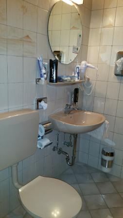 Dettingen an der Erms, Tyskland: badezimmer