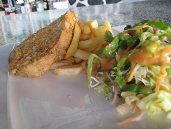 Club Whispers Restaurant & Bar: Fish and Chips