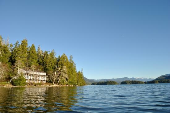 Red Crow Guesthouse: view from the water