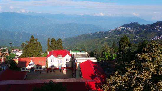 Hotel Pradhan: Views