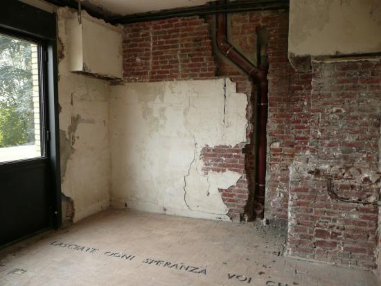 etat dans lequel tait la maison avant restauration photo de villa cavrois croix tripadvisor. Black Bedroom Furniture Sets. Home Design Ideas