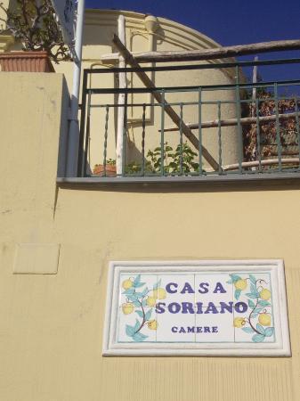 Casa Soriano: Вход