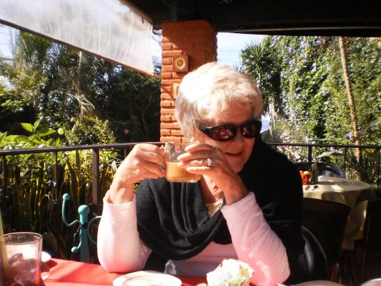 Roberto's Restaurant: My dining companion sparkling in the sun with a gentle breeze