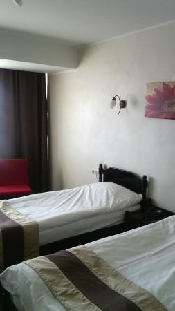 Faleza Hotel by Vega: beds room 102