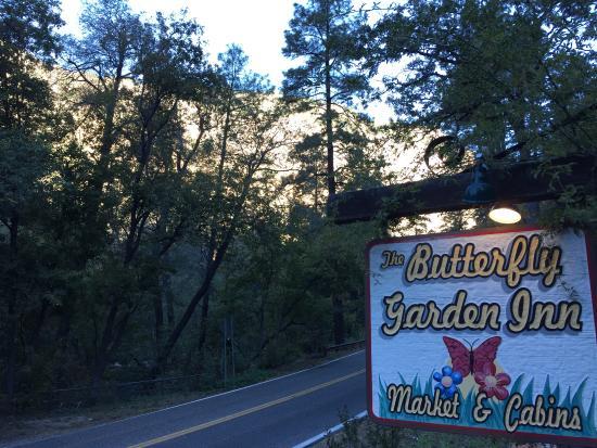 The Butterfly Garden Inn in Oak Creek Canyon
