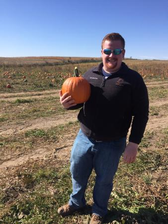 Decorah, IA: Picking Pumpkins
