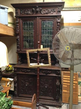 Absecon, NJ: Nice antiques