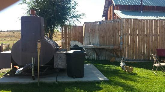 Ten Sleep, WY: Beer, BBQ and birds.  Fantastic