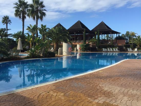Foto de la piscina picture of puerto antilla grand hotel islantilla tripadvisor - Puerto antilla grand hotel ...