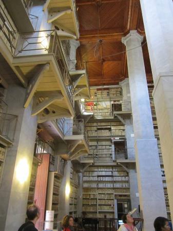 Archivio Storico Comunale: Sala dell'archivio comunale