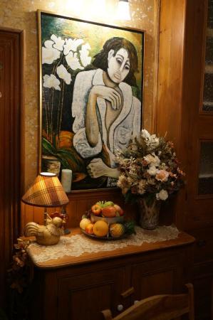 Tr s belle collection de peintures picture of auberge du for Auberge maison deschambault