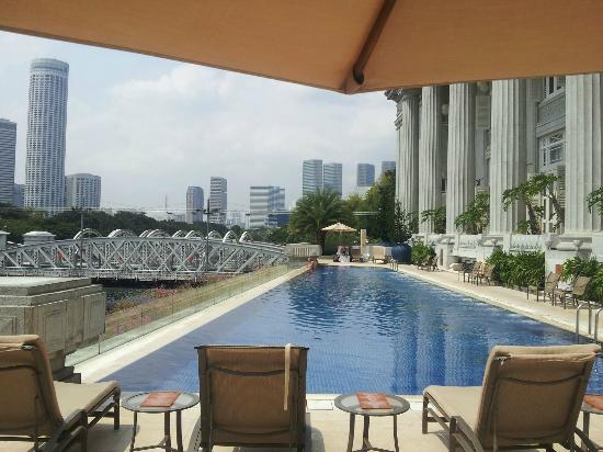 Fullerton Swimming Pool Picture Of The Fullerton Hotel Singapore Singapore Tripadvisor