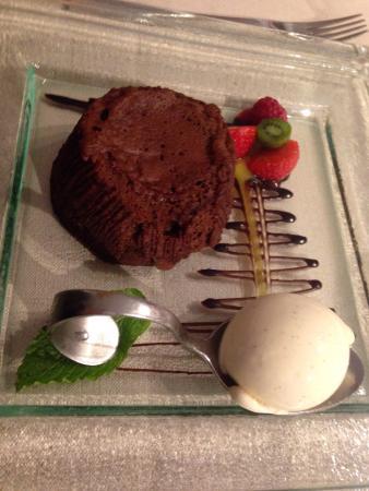 Auberge des Chenets: Moelleux chocolat (bien coulant )glace vanille