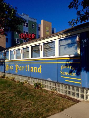 Howard Johnson Hotel South Portland: photo1.jpg