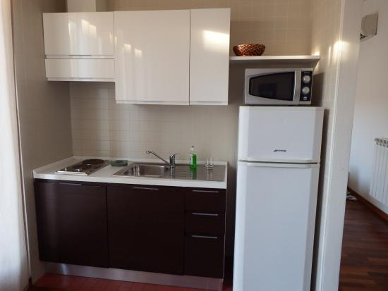 Good kitchen - Picture of Residence le Terrazze, Trieste - TripAdvisor