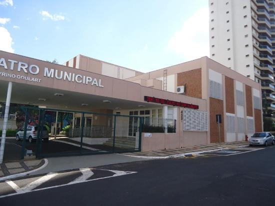 ‪Jose Cyrino Goulart Municipal Theater‬