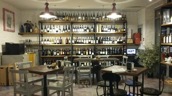 L'angolo Di Vino